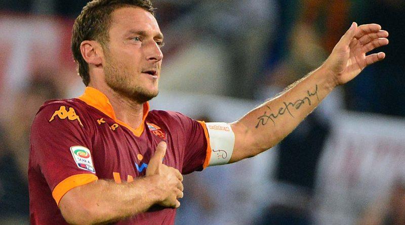"""Calcio. Francesco Totti annuncia l'addio: """"Roma-Genoa l'ultima gara in cui potrò indossare la maglia della Roma"""""""